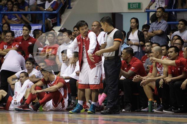 Manny Pacquiao back to call shots for struggling Mahindra in game against SMB