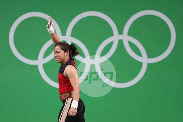 Philippines celebrates weightlifter's silver medal in Rio