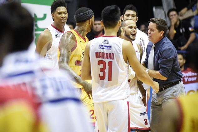 Red-hot Ginebra goes on vintage comeback, extends misery of falling Star