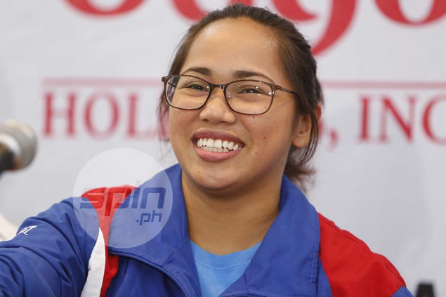 Hidilyn Diaz reunites with longtime mentor to step up quest for Olympic gold