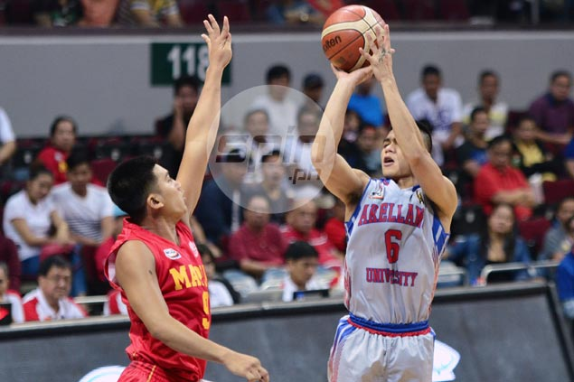 Jio Jalalon takes charge late as Arellano cruises past Mapua to book first slot in NCAA finals