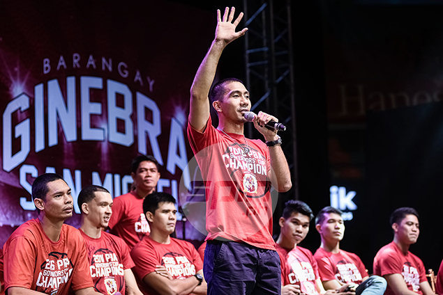 Finals MVP LA Tenorio addresses the fans.