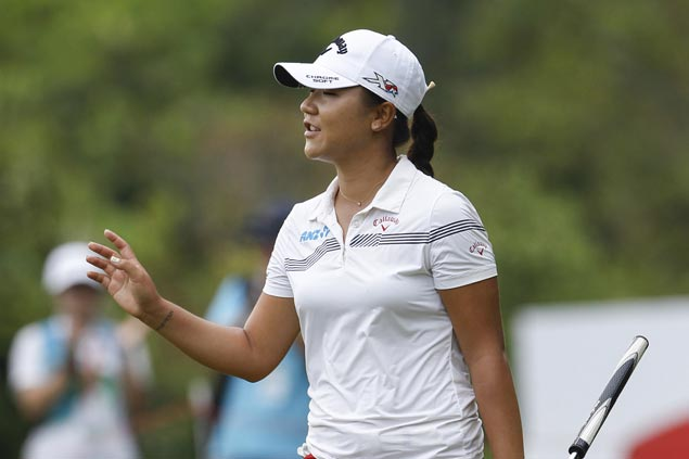 Lydia Ko shoots 10-under 62 to lead LPGA Tour finale by three strokes