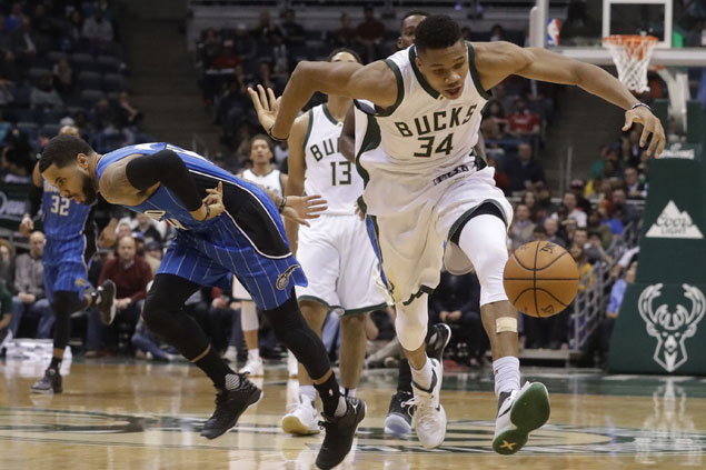 Antetokounmpo's triple-double lifts Bucks past Magic