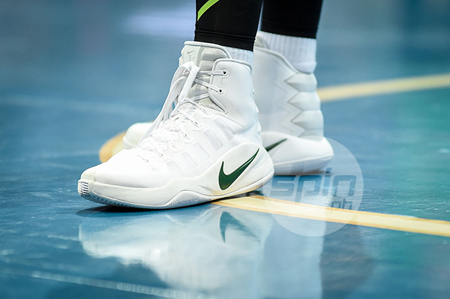 """Nike Hyperdunk 2016 High ID """"DLSU"""" (DLSU Green Archers) – Team shoes equals team spirit, which in La Salle's case, results in a 14-1 record leading up to the finals showdown against Ateneo."""