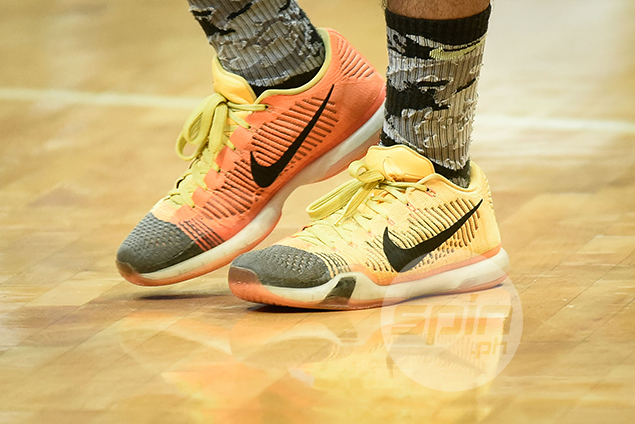 Nike Kobe X Low Elite 'Chester High' (Wendell Comboy – FEU) – The shoe is inspired by Kobe Bryant's school rival, Chester High School.