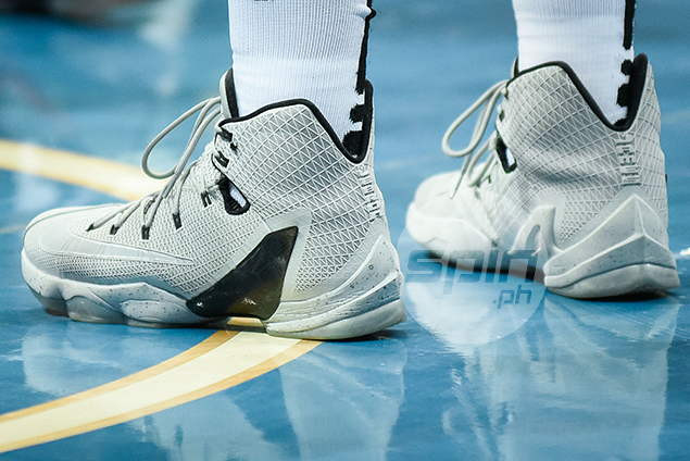 Nike LeBron 13 Elite 'Wolf Grey' (Isaac Go – Ateneo) – Nike has a tradition of putting out Elite shoe versions of its signature athletes, especially LeBron James. He wore the Elite 13s during the playoffs before switching to the LeBron Soldier 10s, James' takedown model, in the finals.