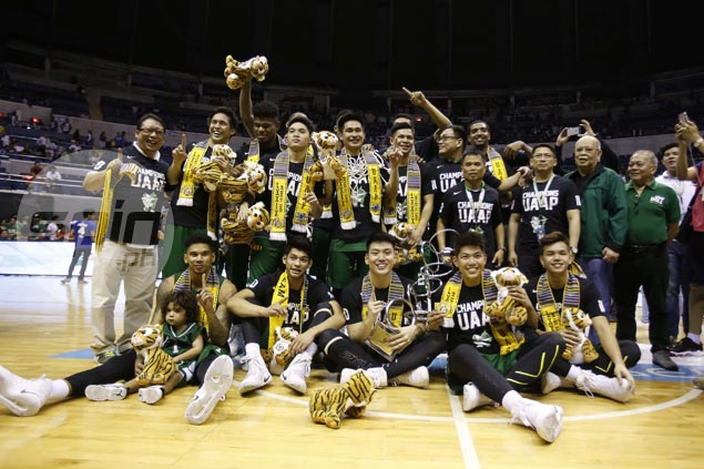 Give it up for the Season 79 champs, La Salle Green Archers.