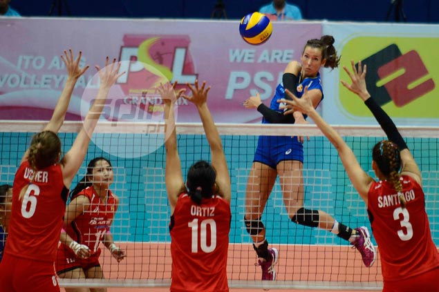 Former Petron import Stephanie Niemer scores eye-popping 17 aces in Greek league