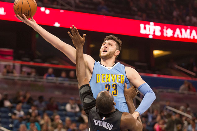 Gallinari, Faried lead Nuggets to 121-113 win over Magic
