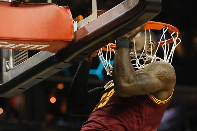 Charlotte Hornets Game Recap: Cavs End 2016 With a Bang