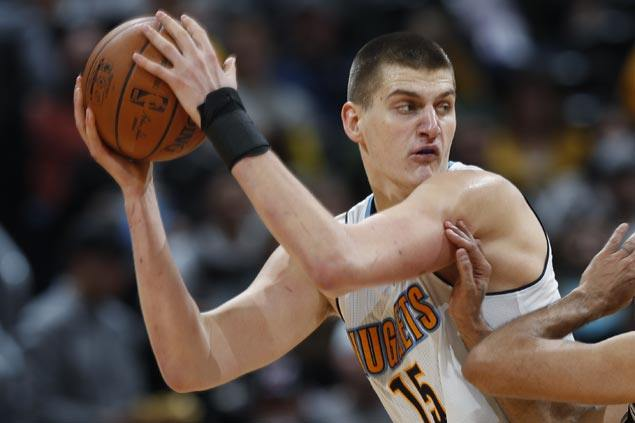 Nikola Jokic continues fine play, Nuggets extend win streak to three and Lakers absorb fourth straight loss