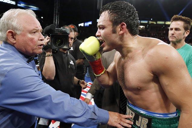 Can 'Nacho' Beristain whip Julio Cesar Chavez Jr. into shape for Canelo Alvarez match?