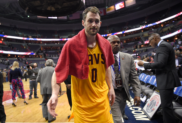 Cavs' Kevin Love has surgery on left knee, out 6 weeks