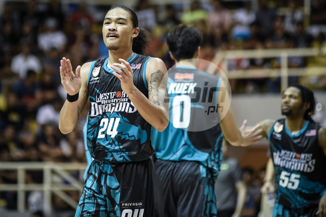 Fil-Am Joshua Munzon comes up short in race for two ABL awards