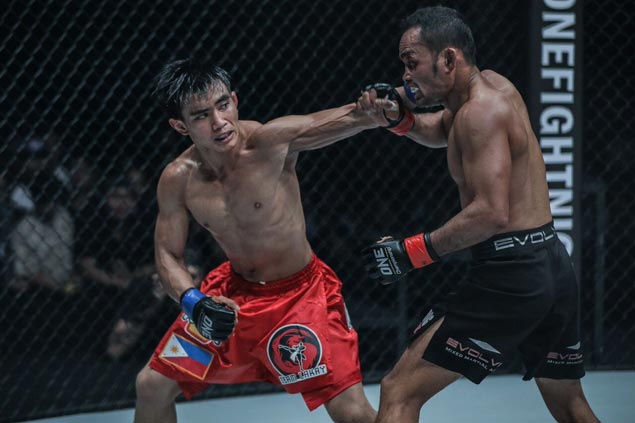 Joshua Pacio aims for another title shot, Eric Kelly returns in stacked ONE Macau card