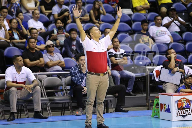 Mahindra coach gets phone call from 'Coach Manny' in middle of game. His advice?