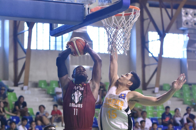 Bright Akhuetie takes charge as UP pulls away late over UST to stay unbeaten in Republica Cup