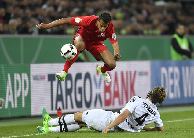 Eintracht Frankfurt beats Gladbach to reach German Cup final for the first time in 11 years