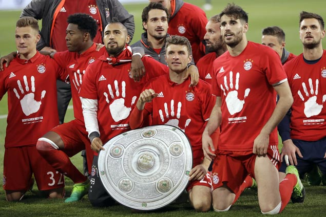 Bayern Munich clinches record fifth straight Bundesliga title with three matches to spare
