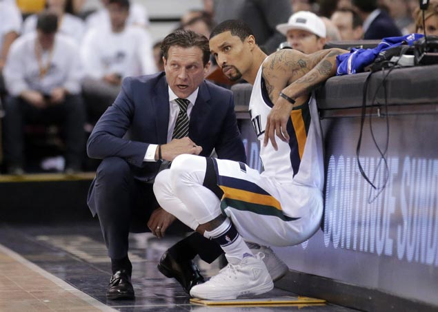 Curry's 30 points lead Warriors' sweep of Jazz