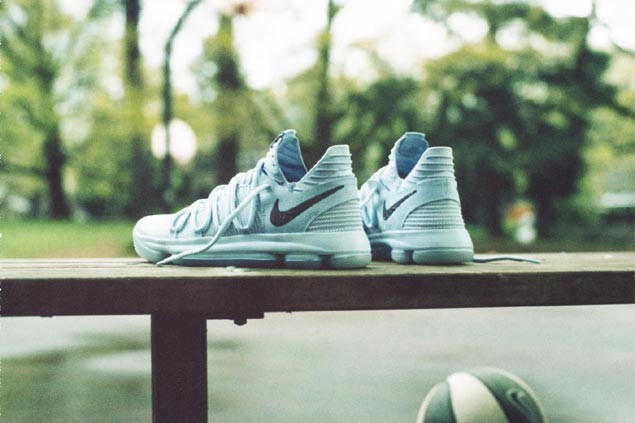 reputable site 55d72 50c6c Nike marks 10th year anniversary of Kevin Durant signature ...