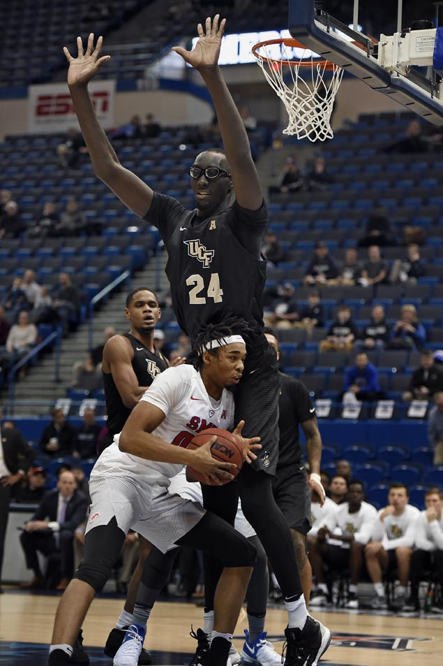 UCF's 7-foot-6 Tacko Fall works out with Magic, still ...