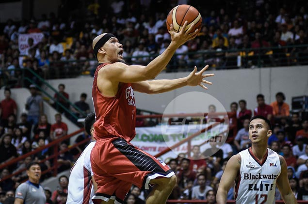 Playing time no longer an issue as Mark Caguioa thrives in off-the-bench role