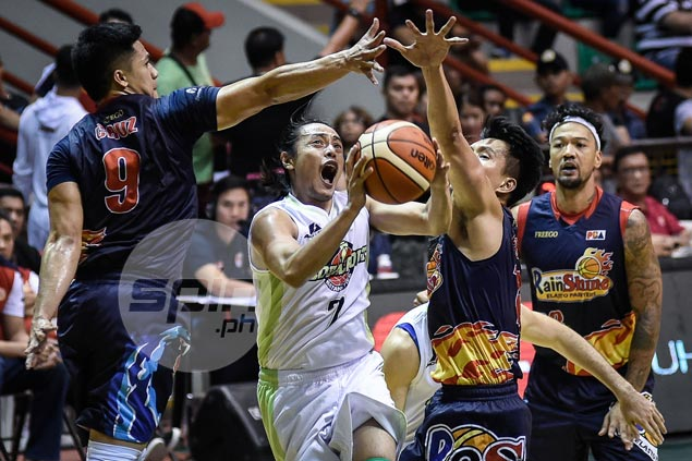 Terrence Romeo catches fire as big GlobalPort finishing kick denies Rain or Shine