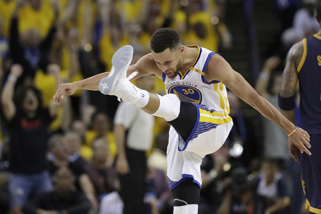 Stephen Curry breaks in latest signature sneaker in fiery NBA Finals debut