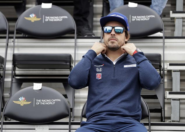 Fernando Alonso yet to decide whether he will return to McLaren next year