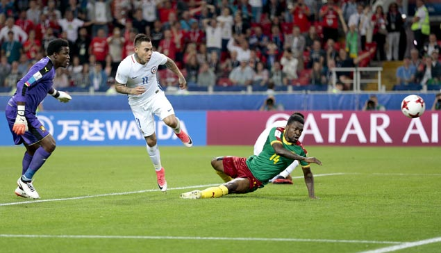 Alexis Sanchez sets up both Chile goals in Confederations Cup win over Cameroon