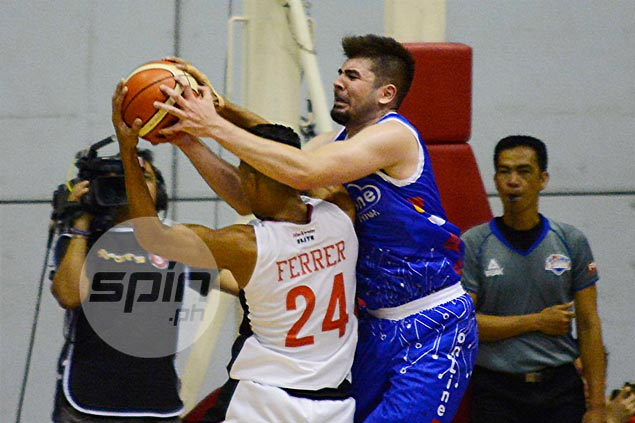 Andre Paras' frustration mounts as 22-rebound game goes for naught in AMA loss