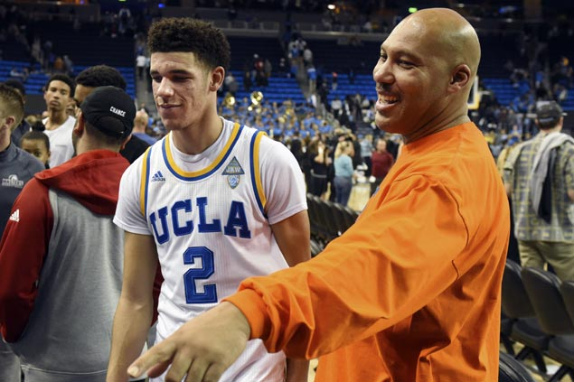 Lakers take Lonzo Ball with second pick in NBA Draft