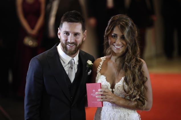 Lionel Messi weds childhood sweetheart Antonella Roccuzzo in Argentina hometown