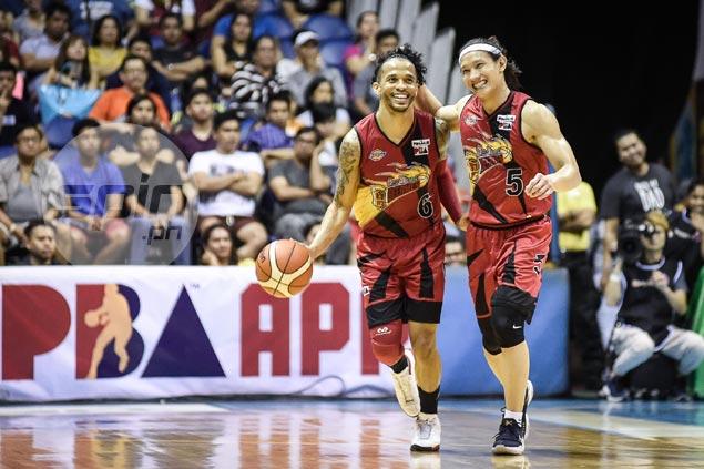 Chot Reyes admits grand slam-seeking SMB 'unbeatable' when playing at its best