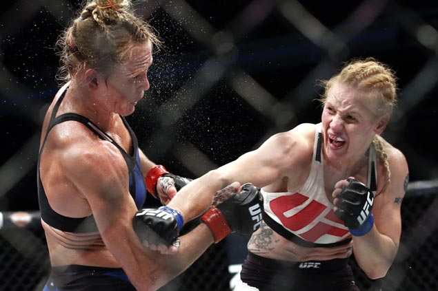 That Time Amanda Nunes Smashed Ronda Rousey in Under a Minute