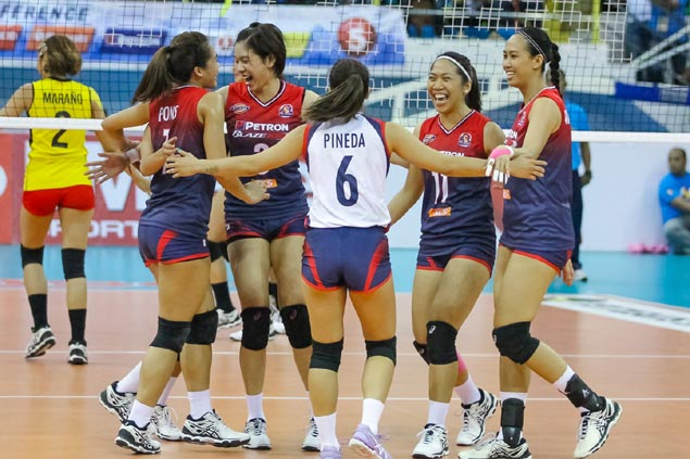 Mela Tunay, other volleyball stars auction off jerseys to raise funds for Yan Lariba