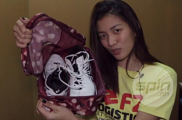 Kim Dy bares her pre- and post-game essentials in&nbsp;<em>What's in the Bag</em>&nbsp;series. WATCH