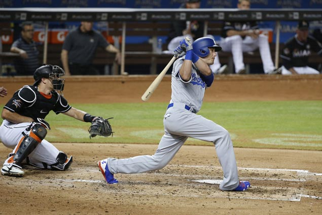 Cody Bellinger first Dodgers rookie to hit for cycle as NL West leaders rout Marlins to stretch streak to eight