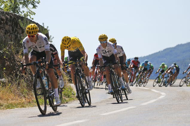 Team Sky displays collective strength anew but Oliver Naesen saves Romain Bardet from falling back