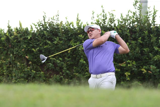 Angelo Que three strokes clear after two rounds at Mt. Malarayat