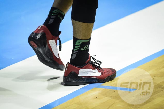 Peak endorser Terrence Romeo wears taped up Kobe 9s in GlobalPort's Governors' Cup debut