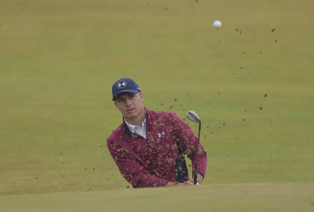 Twin-digits off pace, Spieth approaching weekend play at Quail Hollow like he has nothing to lose