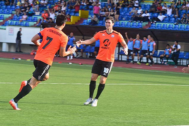 League-leading Meralco Manila, third-running Global Cebu play to a draw