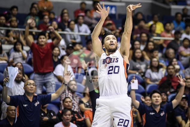 Jared Dillinger backs up bold words with heroic effort in Meralco's payback win over Ginebra