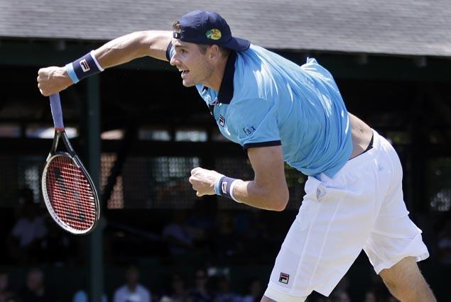 Top seed John Isner stops Aussie qualifier Matthew Ebden to cinch third Hall of Fame title