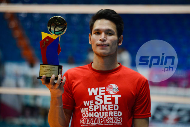 Lorenzo Capate Jr does it again as Cignal hitter runs away with PVL MVP trophy