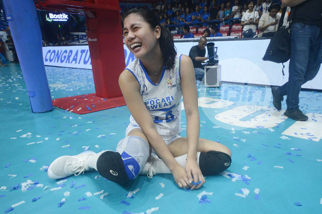 Ailing Myla Pablo puts on heroic effort, but not enough to bail out Pocari Sweat
