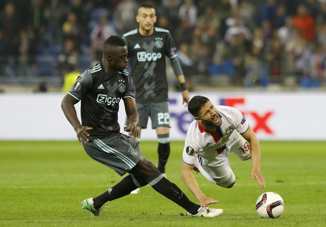 Tottenham officially announce Davinson Sanchez signing from Ajax
